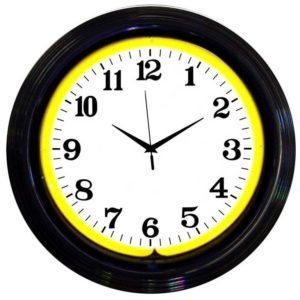 Horloge murale neon jaune